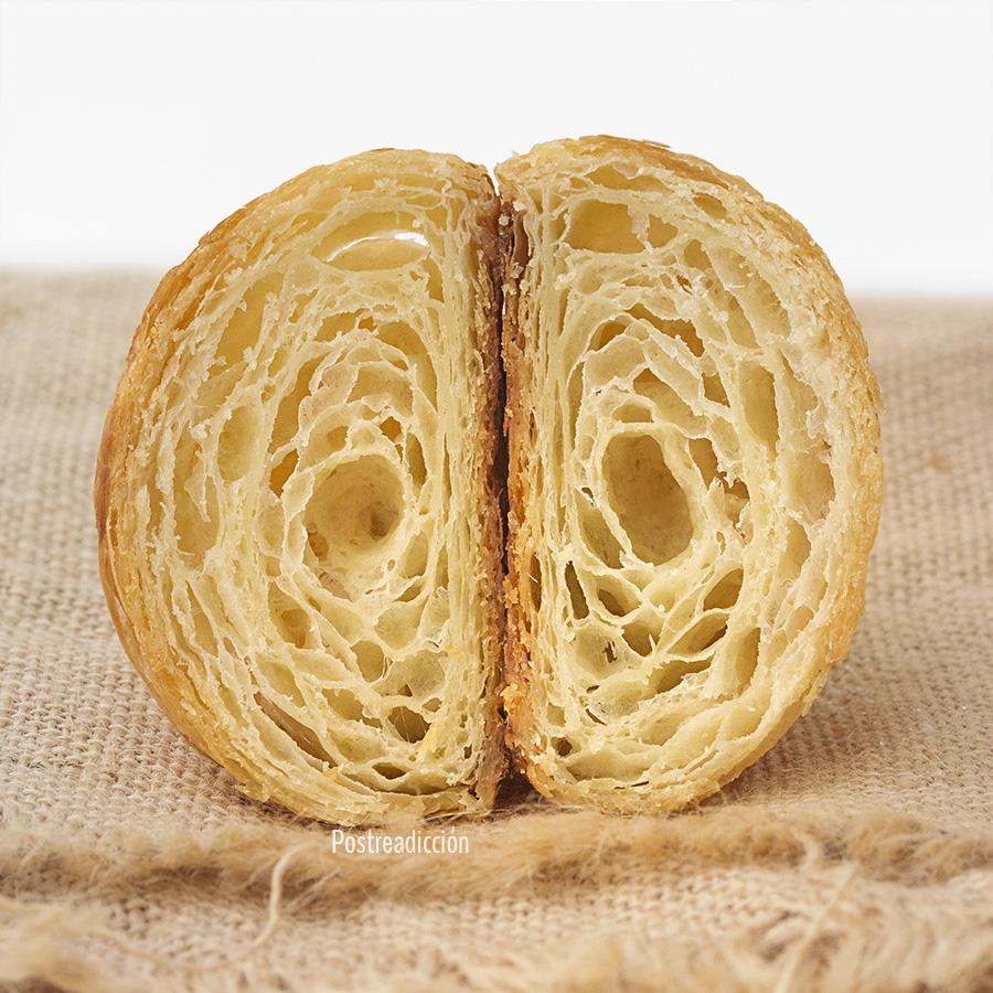 Imagen de producto: https://tienda.postreadiccion.com/img/articulos/secundarias12502-curso-de-croissants-y-napolitanas-30032019-4.jpg