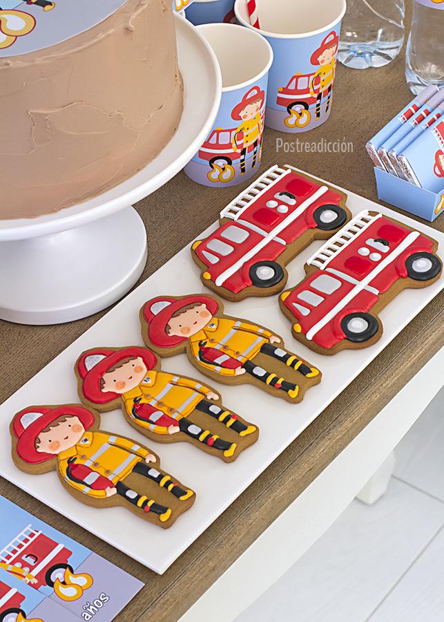 Imagen de producto: https://tienda.postreadiccion.com/img/articulos/secundarias12508-kit-de-fiesta-imprimible-de-bomberos-3.jpg