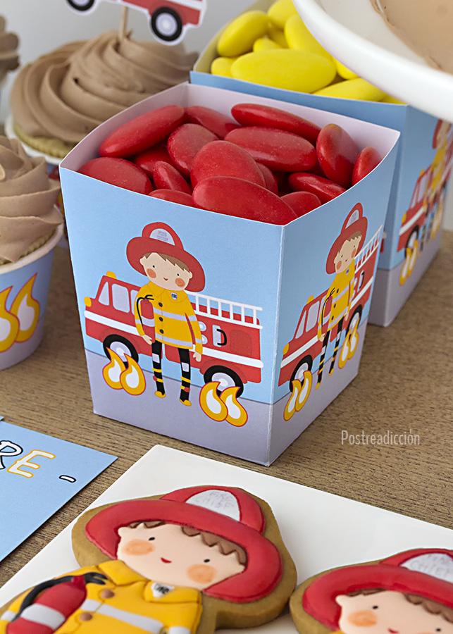 Imagen de producto: https://tienda.postreadiccion.com/img/articulos/secundarias12508-kit-de-fiesta-imprimible-de-bomberos-6.jpg