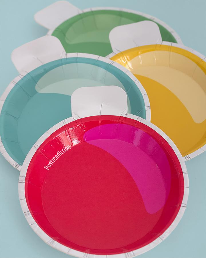 Imagen de producto: https://tienda.postreadiccion.com/img/articulos/secundarias12885-8-platitos-en-forma-de-bola-de-navidad-2.jpg