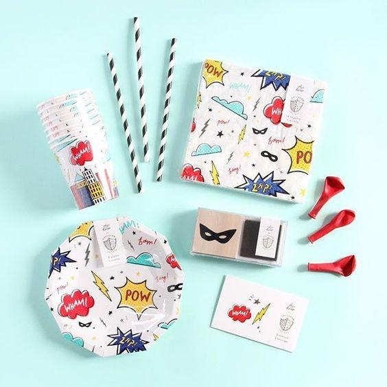 Imagen de producto: https://tienda.postreadiccion.com/img/articulos/secundarias12896-8-platos-pequenos-de-super-heroes-con-foil-4.jpg