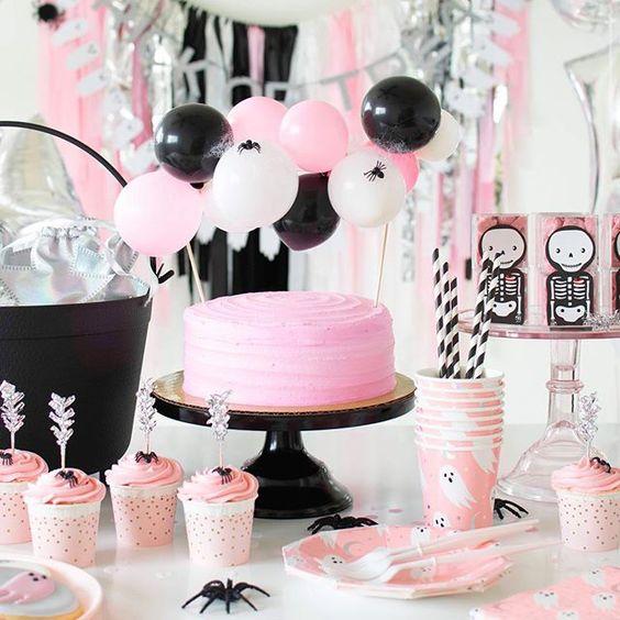 Imagen de producto: https://tienda.postreadiccion.com/img/articulos/secundarias12900-8-vasos-de-halloween-con-foil-12.jpg