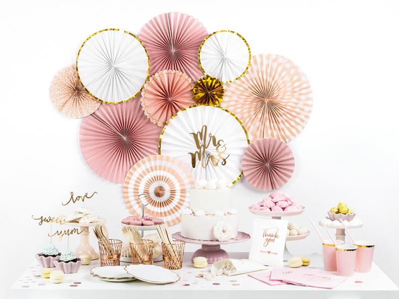 Imagen de producto: https://tienda.postreadiccion.com/img/articulos/secundarias12916-6-vasos-rosas-y-dorados-4.jpg