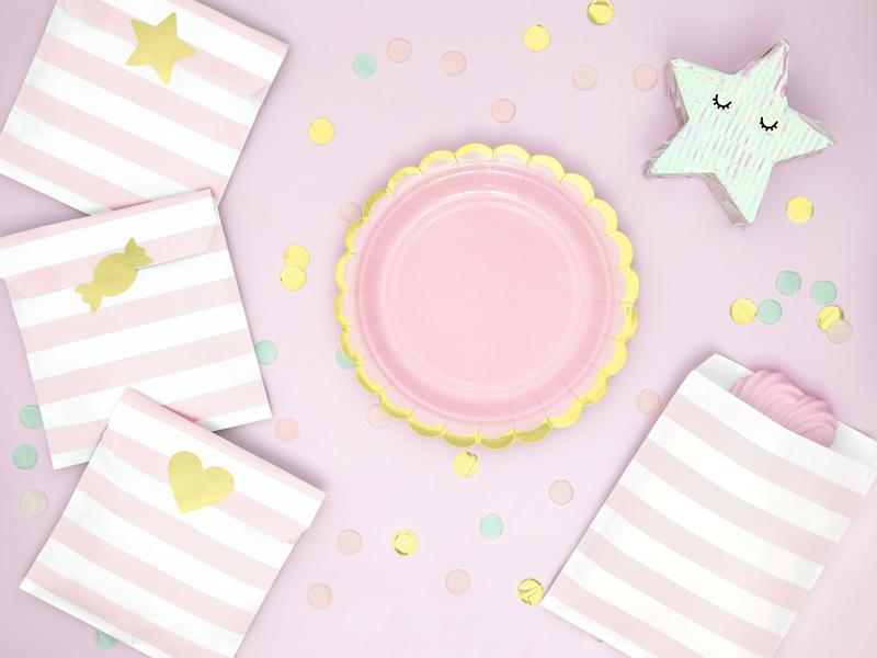 Imagen de producto: https://tienda.postreadiccion.com/img/articulos/secundarias12918-6-platitos-rosas-y-dorados-2.jpg