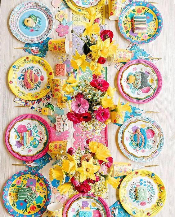 Imagen de producto: https://tienda.postreadiccion.com/img/articulos/secundarias12931-12-platos-de-flores-3.jpg