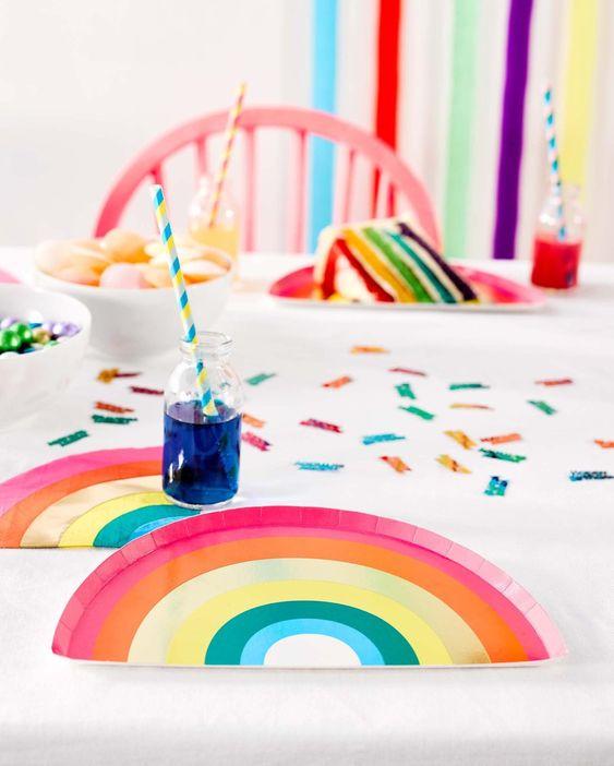 Imagen de producto: https://tienda.postreadiccion.com/img/articulos/secundarias12936-16-servilletas-de-arcoiris-con-foil-3.jpg