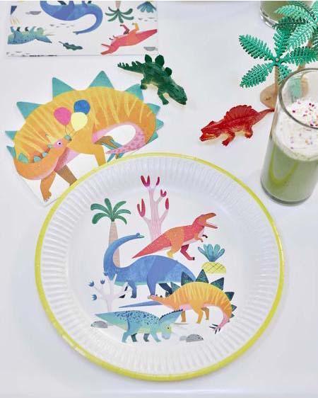 Imagen de producto: https://tienda.postreadiccion.com/img/articulos/secundarias12937-8-platos-de-dinosaurios-1.jpg