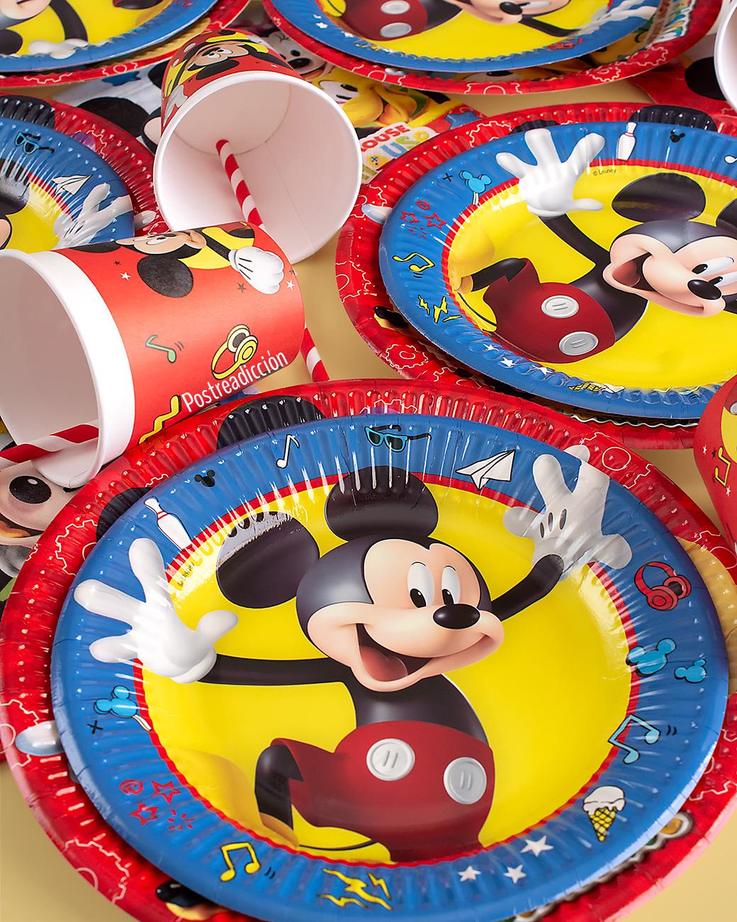 Imagen de producto: https://tienda.postreadiccion.com/img/articulos/secundarias13137-20-servilletas-de-mickey-mouse-2.jpg