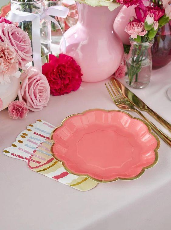 Imagen de producto: https://tienda.postreadiccion.com/img/articulos/secundarias13150-12-platos-de-18-cm-2.jpg