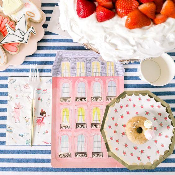 Imagen de producto: https://tienda.postreadiccion.com/img/articulos/secundarias13323-8-vasos-de-papel-de-lola-dutch-con-foil-2.jpg