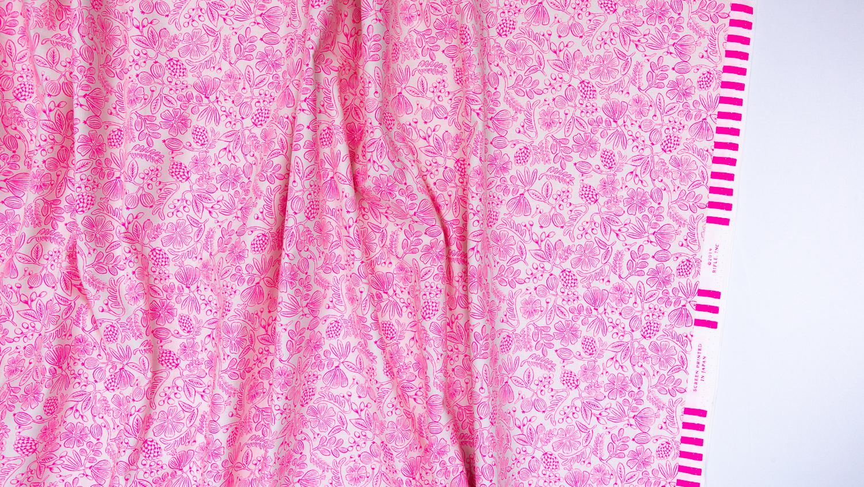 Imagen de producto: https://tienda.postreadiccion.com/img/articulos/secundarias13488-tela-primavera-moxie-floral-rosa-neon-algodon-media-yarda-1.jpg