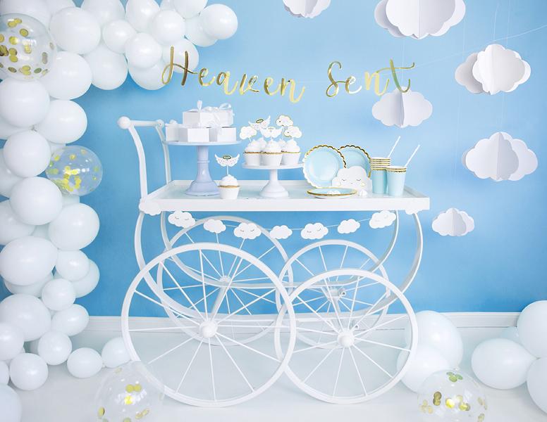 Imagen de producto: https://tienda.postreadiccion.com/img/articulos/secundarias13559-guirnalda-de-nubes-145-m-3.jpg
