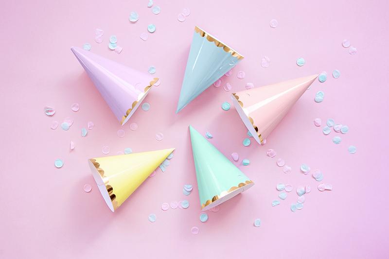 Imagen de producto: https://tienda.postreadiccion.com/img/articulos/secundarias13563-6-gorritos-en-colores-pastel-1.jpg