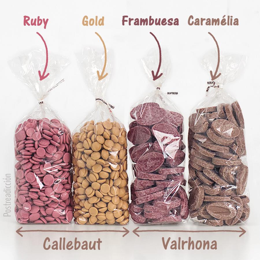 Imagen de producto: https://tienda.postreadiccion.com/img/articulos/secundarias13572-245-g-chocolate-gold-callebaut-en-gotas-a-granel-3.jpg