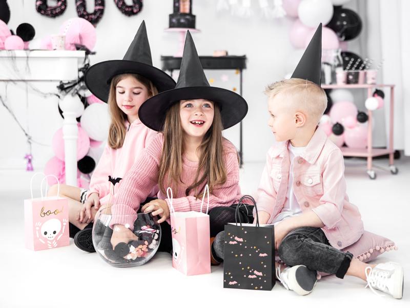 Imagen de producto: https://tienda.postreadiccion.com/img/articulos/secundarias13613-6-bolsitas-para-chuches-de-halloween-rosa-6.jpg