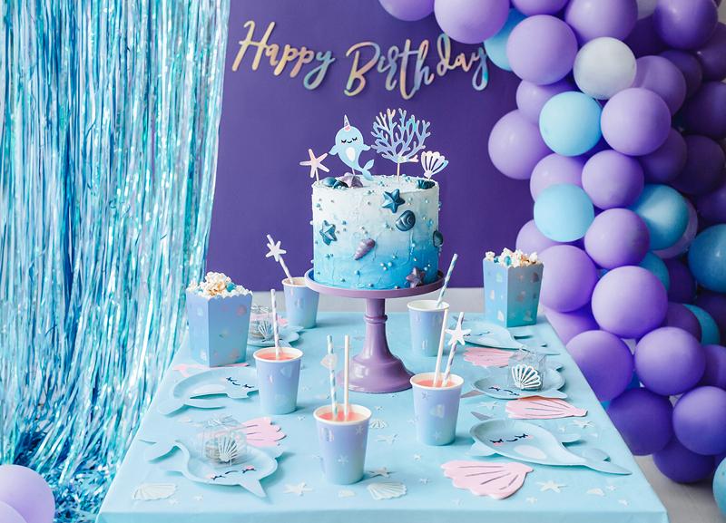Imagen de producto: https://tienda.postreadiccion.com/img/articulos/secundarias13624-cortina-de-fiesta-azul-90-x-250-cm-1.jpg