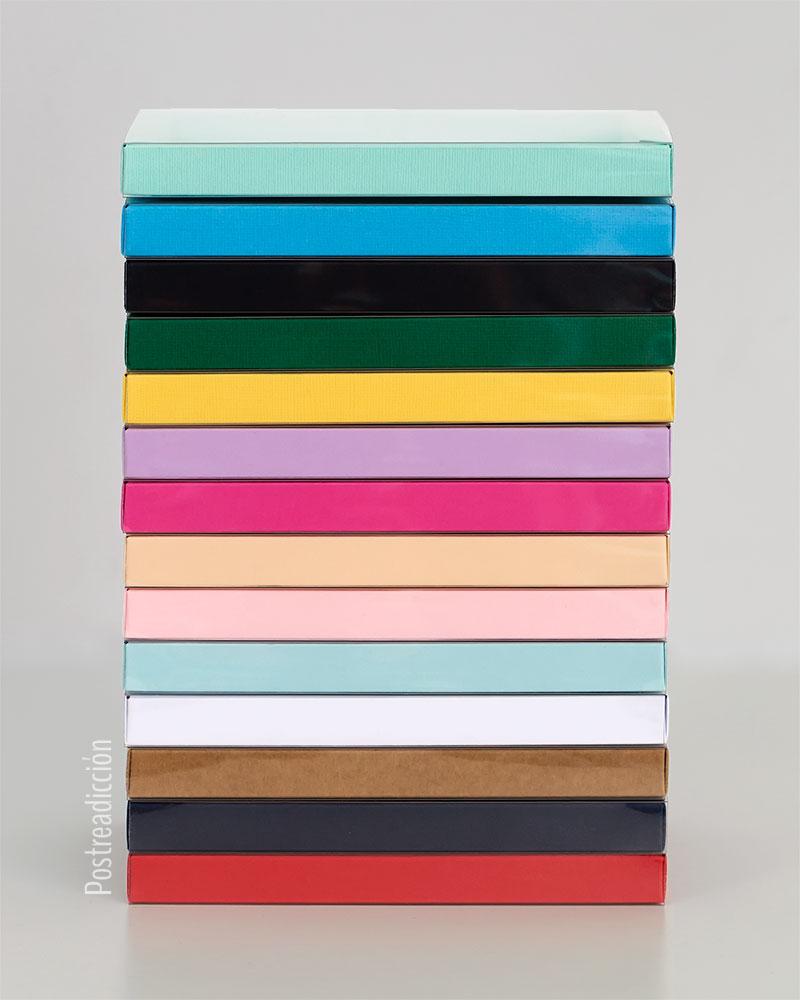 Imagen de producto: https://tienda.postreadiccion.com/img/articulos/secundarias13648-caja-de-carton-verde-4.jpg