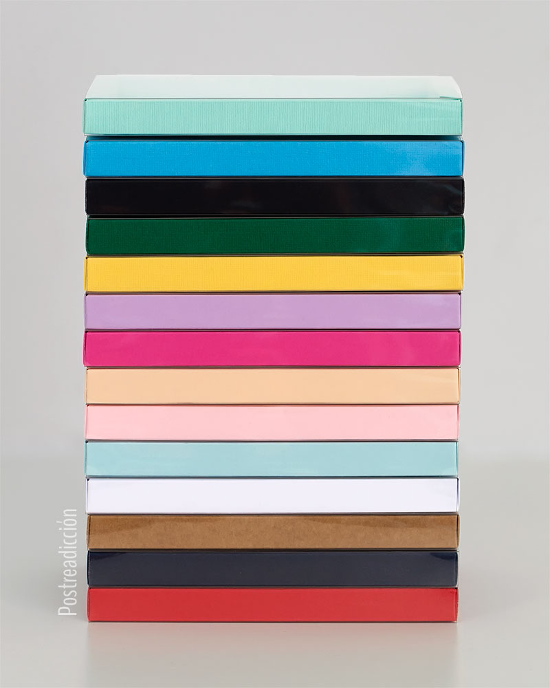 Imagen de producto: https://tienda.postreadiccion.com/img/articulos/secundarias13649-caja-de-carton-rosa-bebe-4.jpg