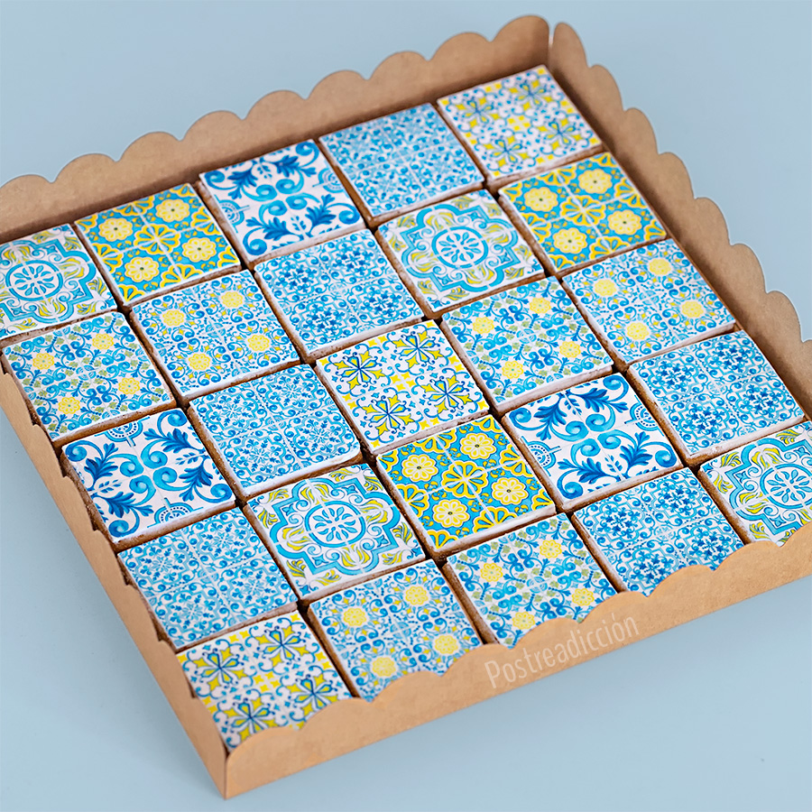 Imagen de producto: https://tienda.postreadiccion.com/img/articulos/secundarias13742-modelo-no-1820-azulejos-4.jpg