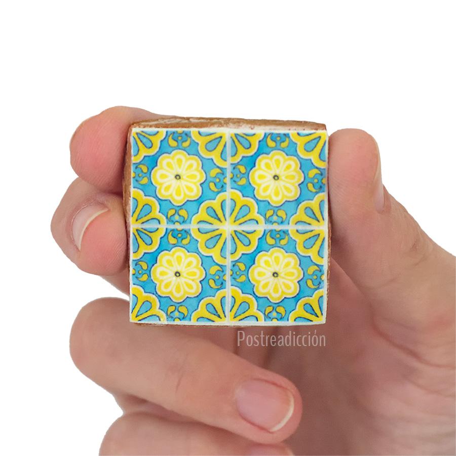 Imagen de producto: https://tienda.postreadiccion.com/img/articulos/secundarias13743-cortador-111-cuadrado-liso-35-cm-4.jpg
