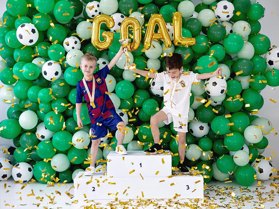 Imagen de producto: https://tienda.postreadiccion.com/img/articulos/secundarias13878-6-globos-de-futbol-de-30-cm-2.jpg