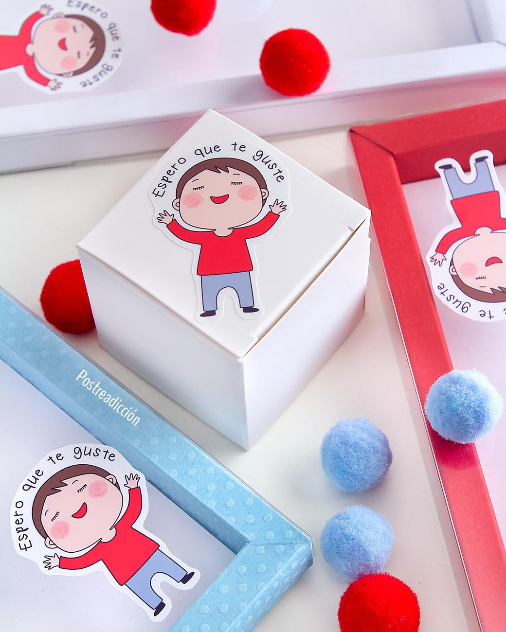 Imagen de producto: https://tienda.postreadiccion.com/img/articulos/secundarias13955-10-cajitas-cubo-blancas-5.jpg