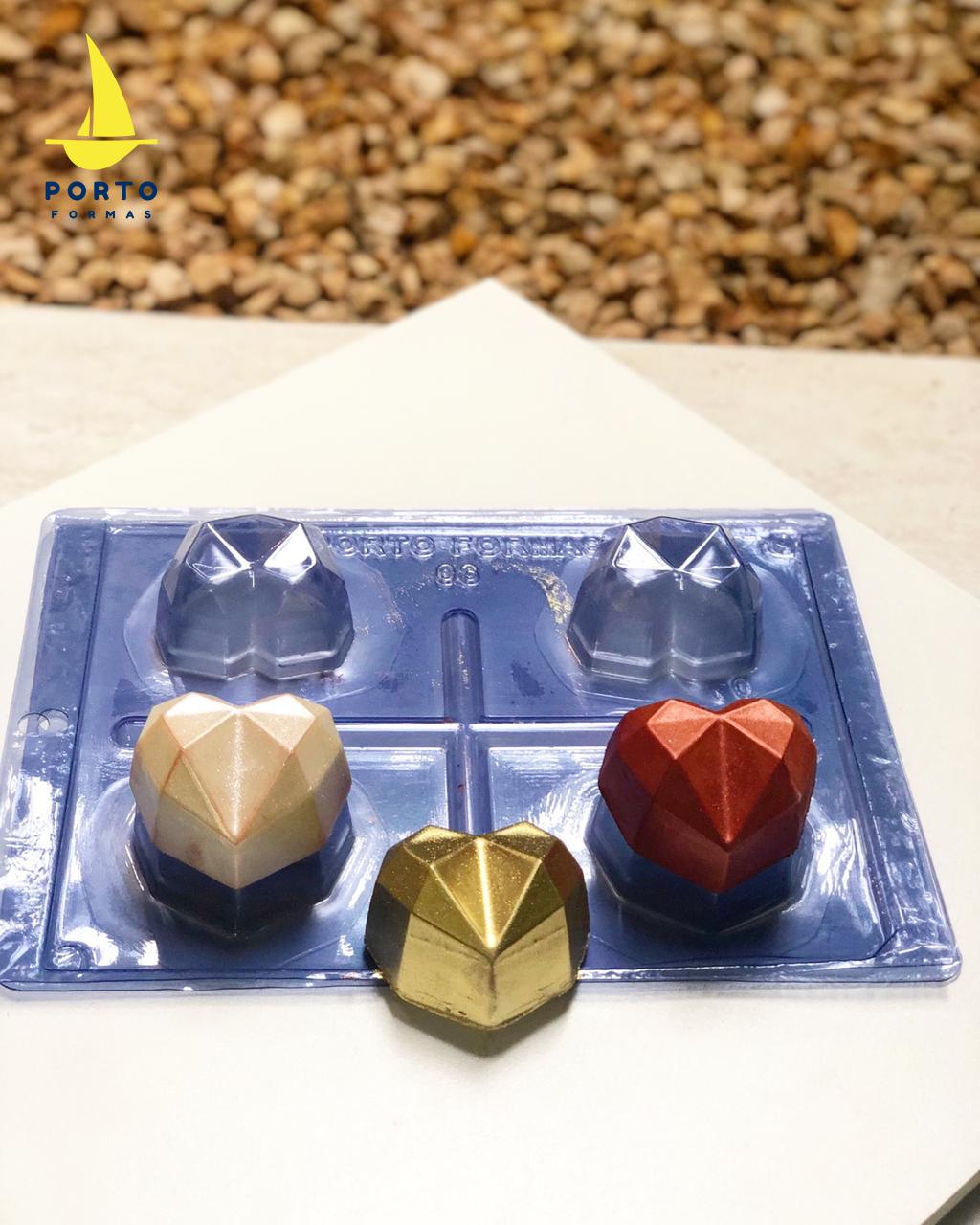 Imagen de producto: https://tienda.postreadiccion.com/img/articulos/secundarias14030-molde-3-portoformas-corazones-pequenos-geometricos-3.jpeg
