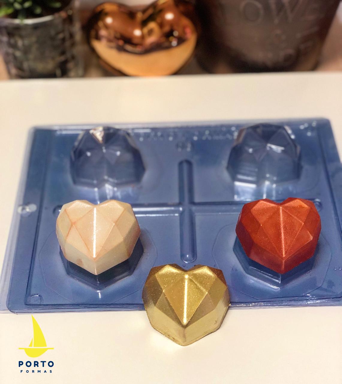 Imagen de producto: https://tienda.postreadiccion.com/img/articulos/secundarias14030-molde-3-portoformas-corazones-pequenos-geometricos-4.jpeg