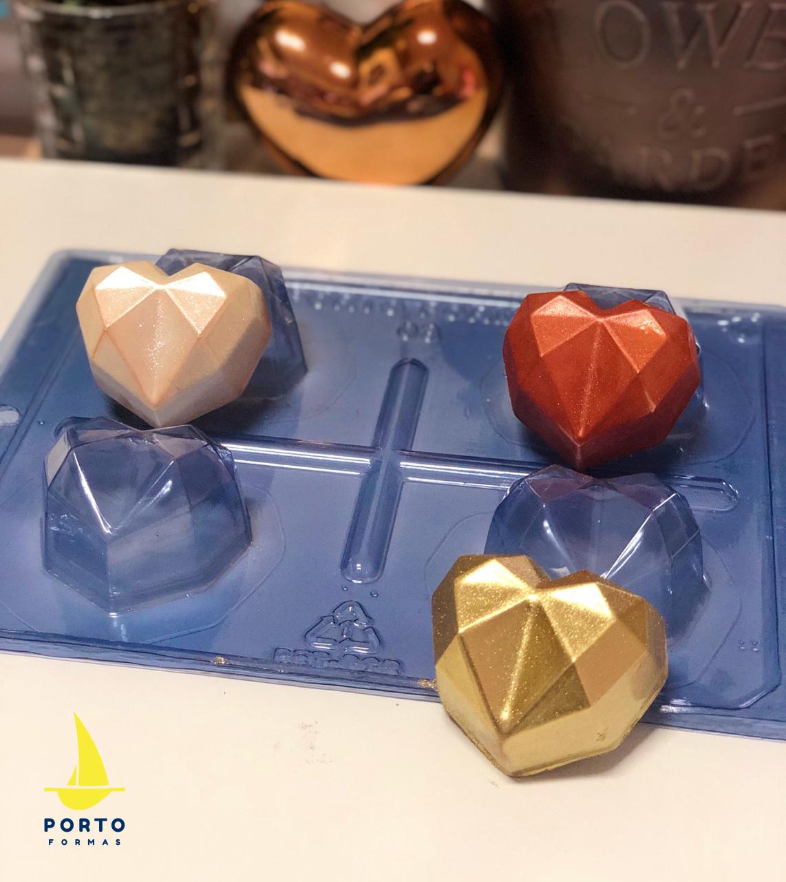 Imagen de producto: https://tienda.postreadiccion.com/img/articulos/secundarias14030-molde-3-portoformas-corazones-pequenos-geometricos-5.jpeg