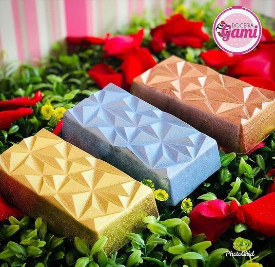 Imagen de producto: https://tienda.postreadiccion.com/img/articulos/secundarias14032-molde-08-portoformas-tabletas-geometricas-11.jpg