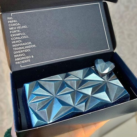 Imagen de producto: https://tienda.postreadiccion.com/img/articulos/secundarias14032-molde-08-portoformas-tabletas-geometricas-15.jpg
