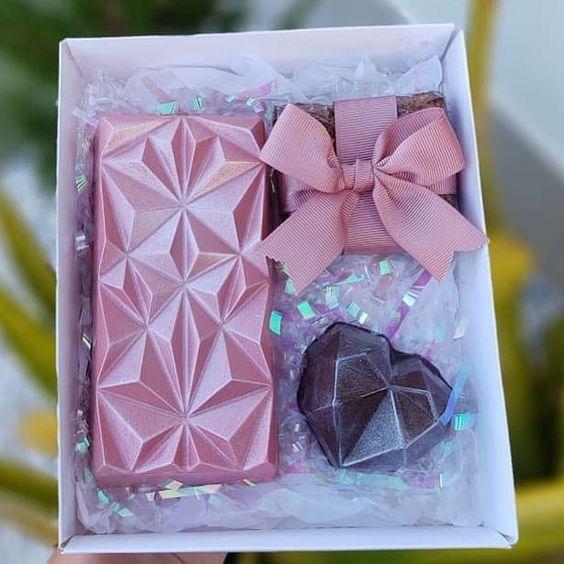 Imagen de producto: https://tienda.postreadiccion.com/img/articulos/secundarias14032-molde-08-portoformas-tabletas-geometricas-3.jpg