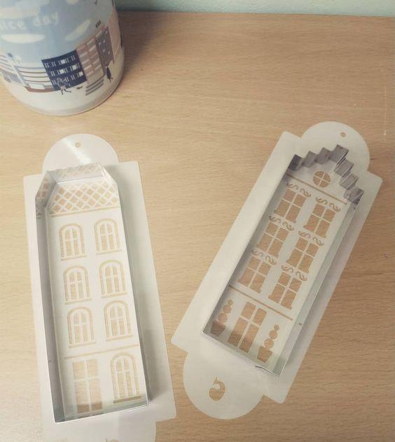 Imagen de producto: https://tienda.postreadiccion.com/img/articulos/secundarias50-cortador-30-casita-tejado-liso-4.jpg